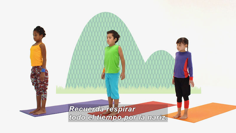 Still image from Ooommm Mmmooo Yoga For Children: Superstar Aisha--Greets the Moon (Spanish)