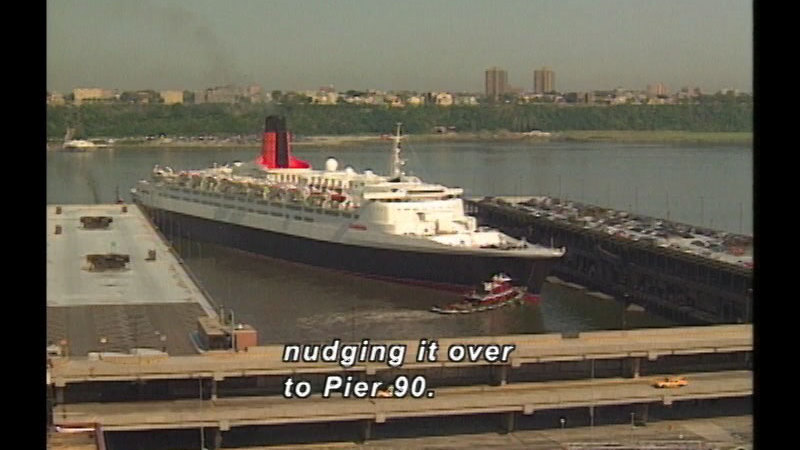 Still image from How A Tugboat Works