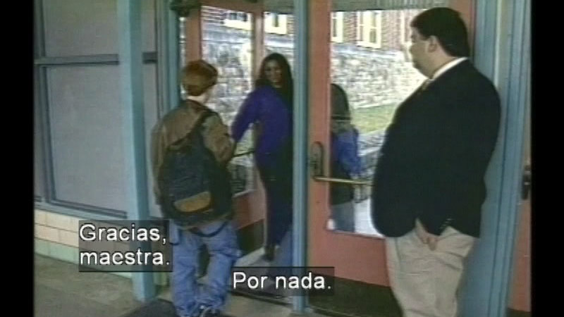 Still image from Manners Matter (Spanish)