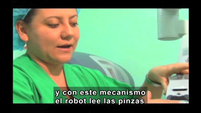 Still image from Science And Technology - Telemedicine (Spanish)