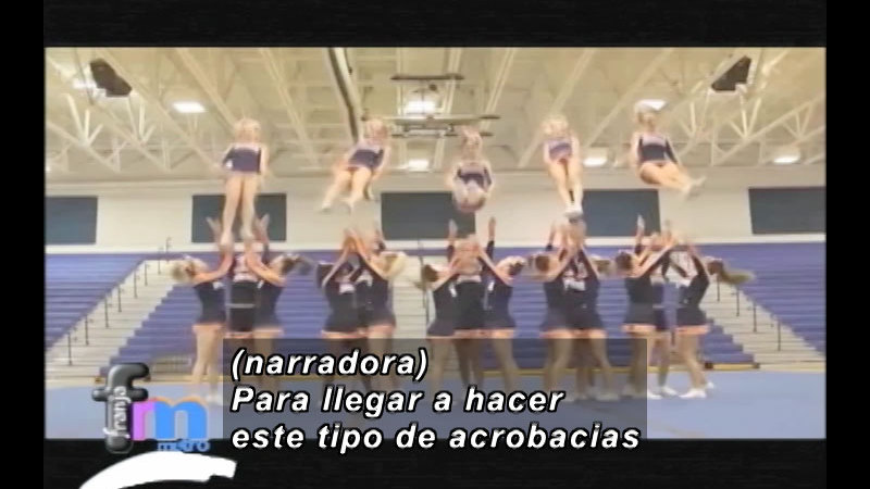 Still image from Franja Metro: Cheerleaders (Spanish)