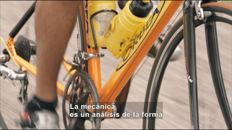 Still image from Science Video Vocab: Mechanics (Spanish)