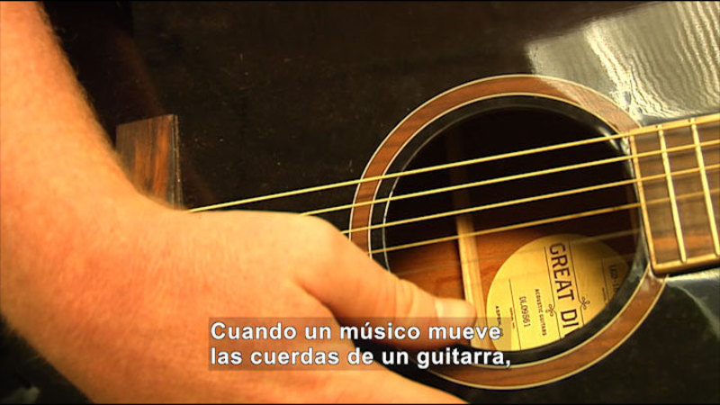 Still image from Science Video Vocab: Sound Energy (Spanish)