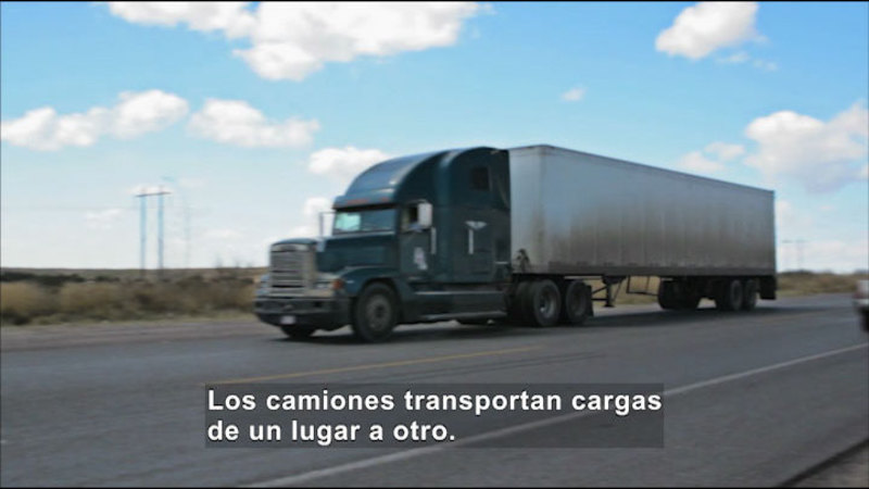 Still image from Science Video Vocab: Load (Spanish)
