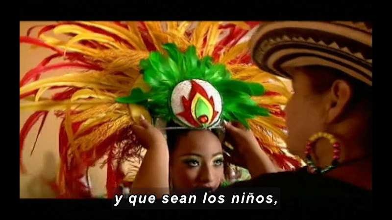Still image from Colombia Express: Barranquilla's Carnival (Spanish)