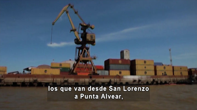 Still image from Life At The Port (Spanish)